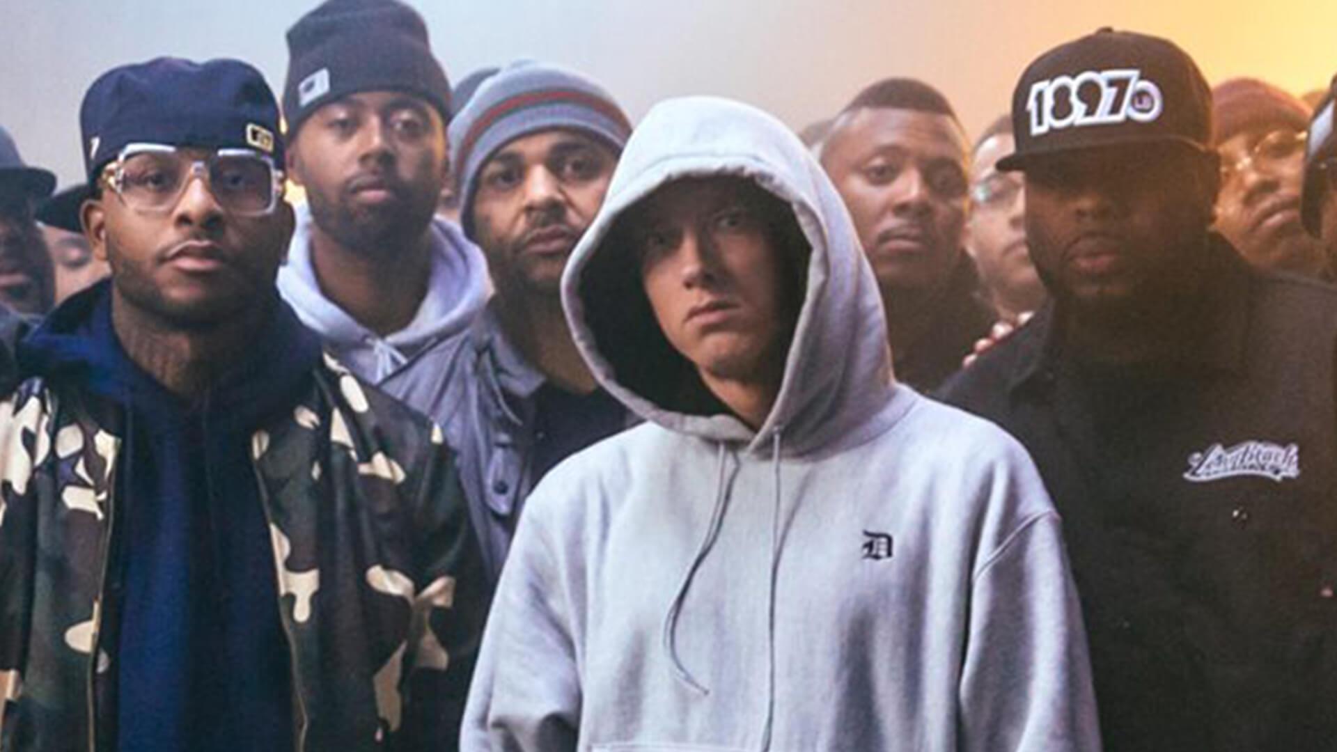 Eminem Kendi Rekorunu Tekrardan Kırdı