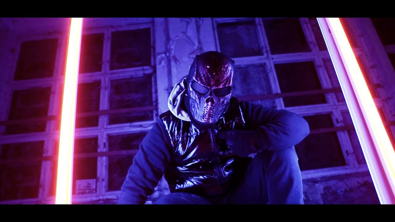 Massaka Ft. Diablo63 - Ütopya Şarkı Sözleri