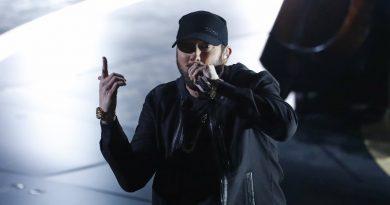 Eminem, Lose Yourself'i 17 yıl Sonra Oscar Ödülleri'nde Okudu