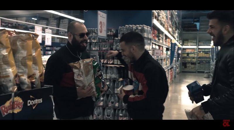 Patron ft. Ati242 - Sil Baştan Şarkı Sözleri