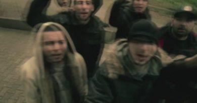 Merdiven - Sezar Şarkı Sözleri