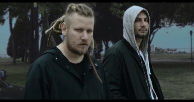Şanışer - Aynı Sokaklarda Şarkı Sözleri