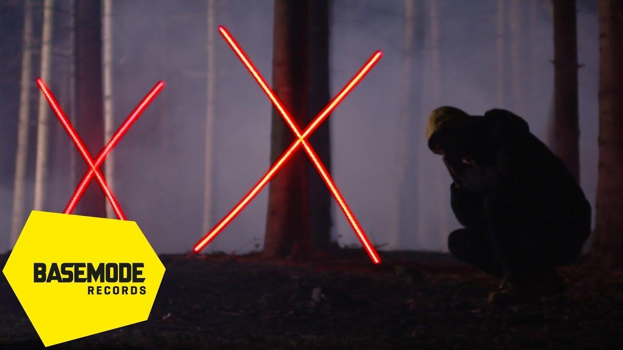 XiR, BBB İsimli Şarkısını Paylaştı