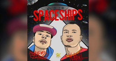 Myndless Grimes Ft. KÖK$VL - Spaceships Şarkı Sözleri