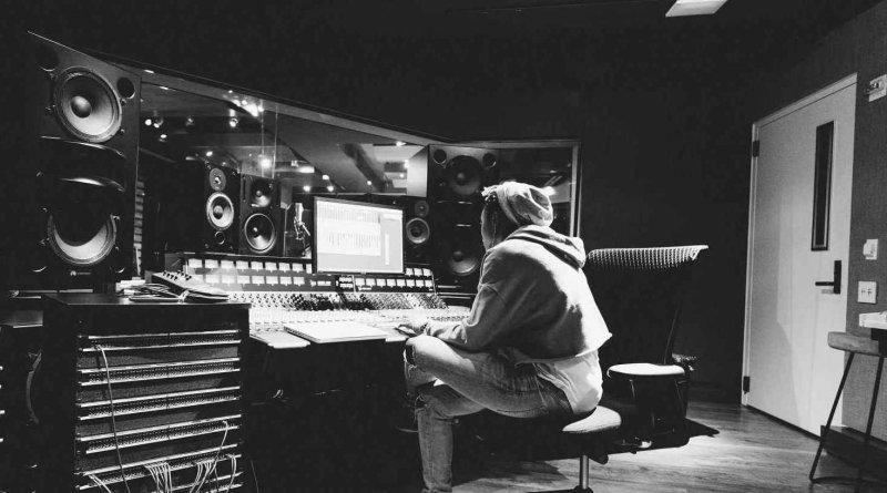 Prodüktör Nedir? Ne İş Yapar?