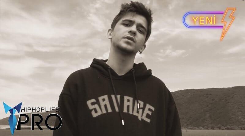 Ataberk Kurnaz - Hissediyorum Şarkı Sözleri