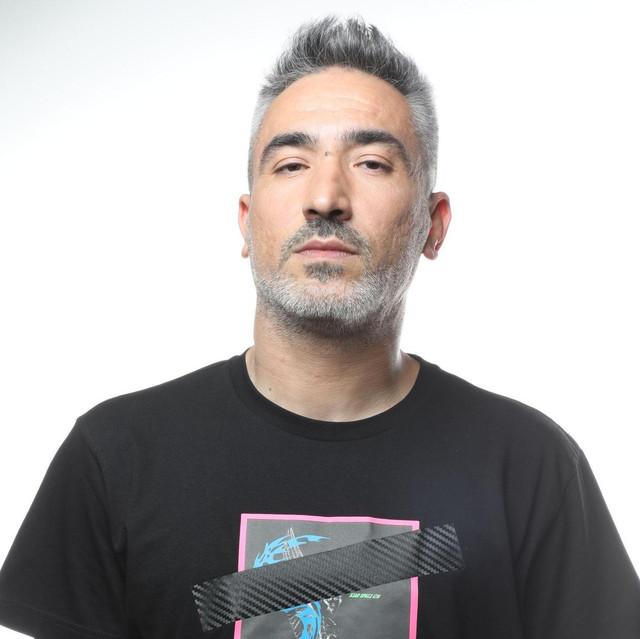 Sagopa Kajmer ft. Derin Darbe - 3 Sefil Şair Şarkı Sözleri
