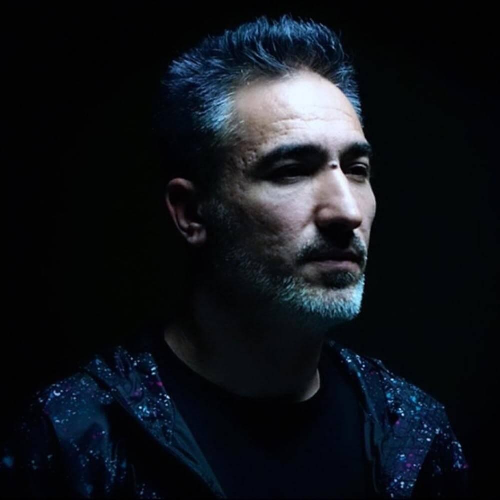 Sagopa Kajmer ft. Derin Darbe - İskeletler Diyarında Bir Et Parçası Şarkı Sözleri