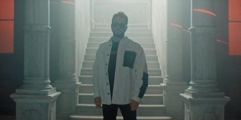 Anıl Piyancı yeni albümünün şarkı listesini paylaştı